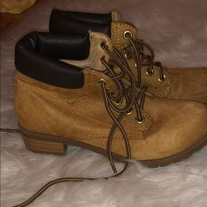 Short Tan Army Boots